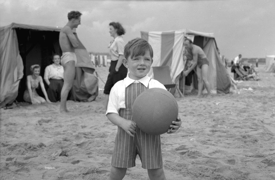 A Little Boy on the Beach_10291198944_l