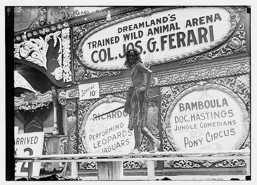 Coney Island, A Free Show  (LOC)_2162680119_m