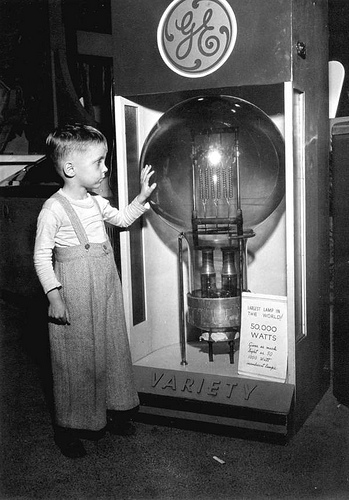 Tommy Dodgen, age 4, standing by the largest lamp in_3390693464_m
