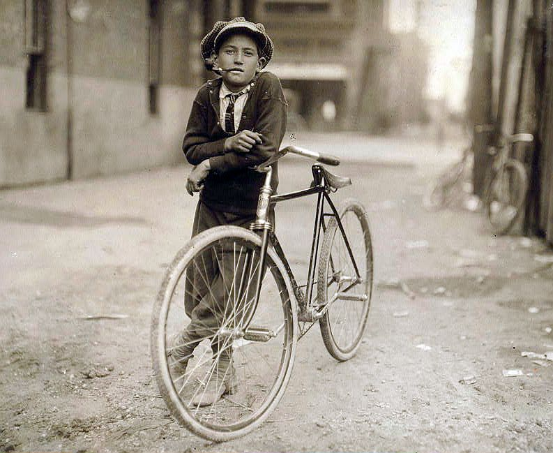 7893967326_024b1d0377_o----bike-messenger boy----loc-crop754