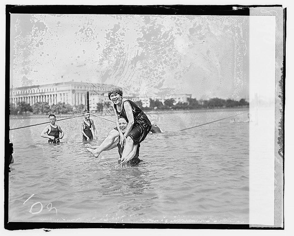 01865v----bathing beach 1920 via loc gov swimming