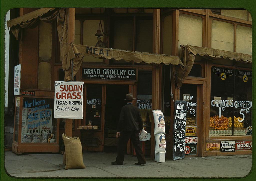 2179172674_126af0f6ca_o----loc-grocery-store-seed-feed-food-1942