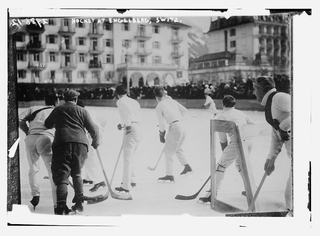 4909922527_8fce9c6dcc_o----loc-ice-hockey-swiss-1915-winter