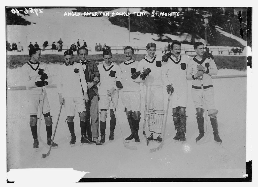 4910522848_55dcff694a_o----loc-hockey team-1915-ice-hockey-winter