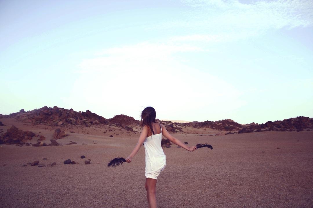 desert dance - Jessica Polar