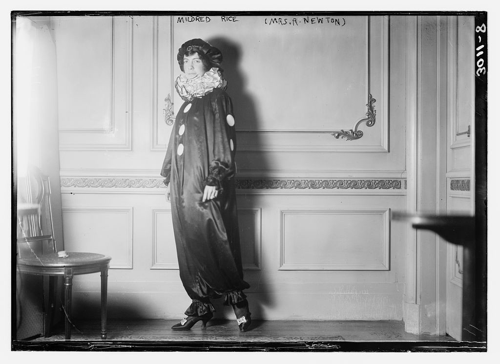 LOC 5083444077----library of congress via fc-clown-suit-funny-woman-lady-girl