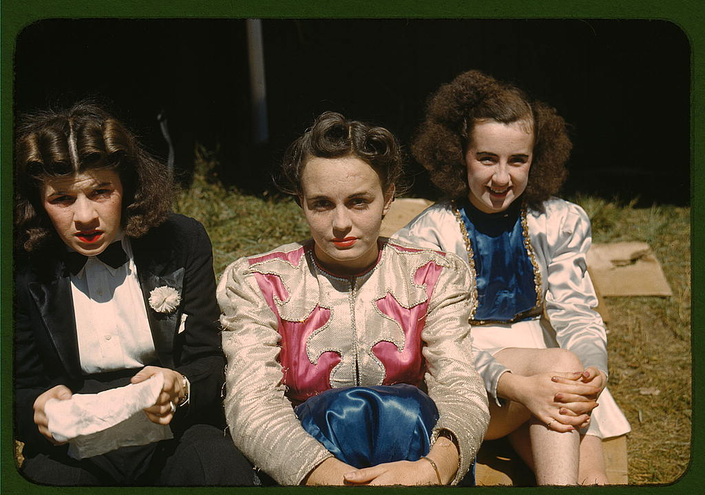 LOC - 1930s -1940s - Backstage at the girlie show at the Vermont state fair, Rutland (LOC) 2179048484