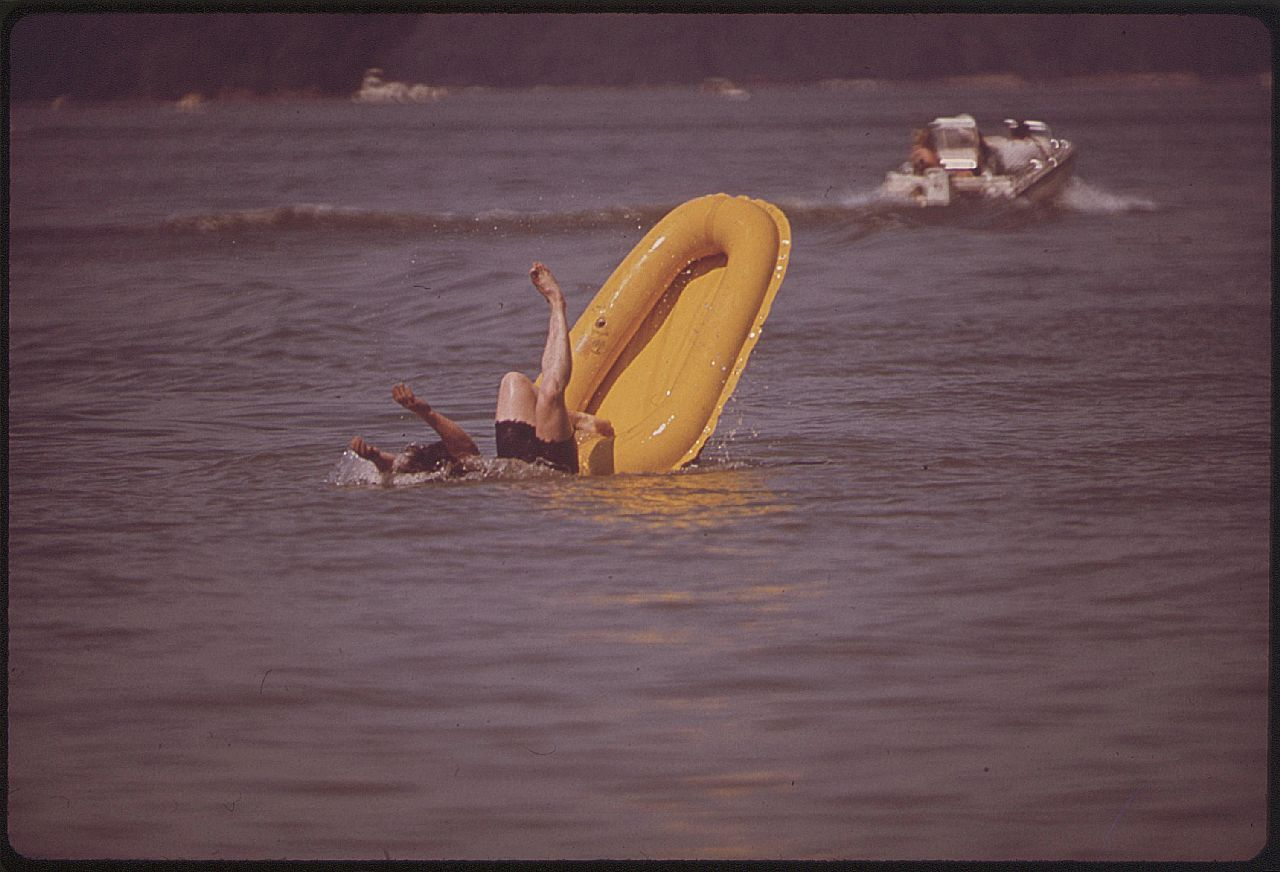 DOCUMERICA-William Strode-us national archives----The Ohio River, June 1972 7651293772