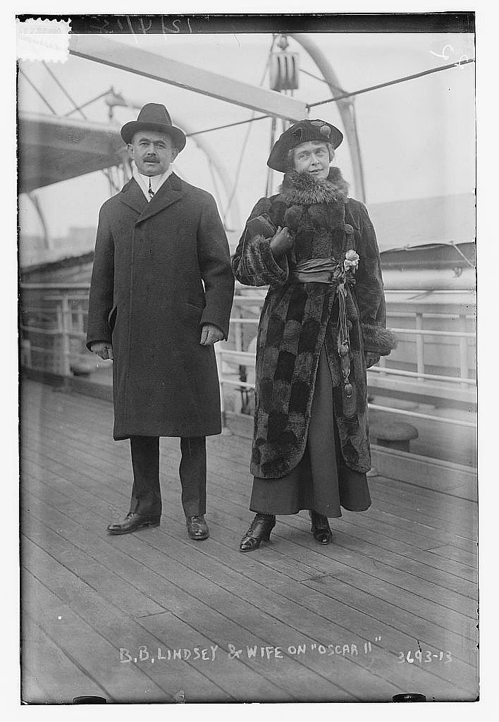 style-fashion-vmas-2015-B.B. Lindsey & wife on OSCAR II (LOC) 9423353830