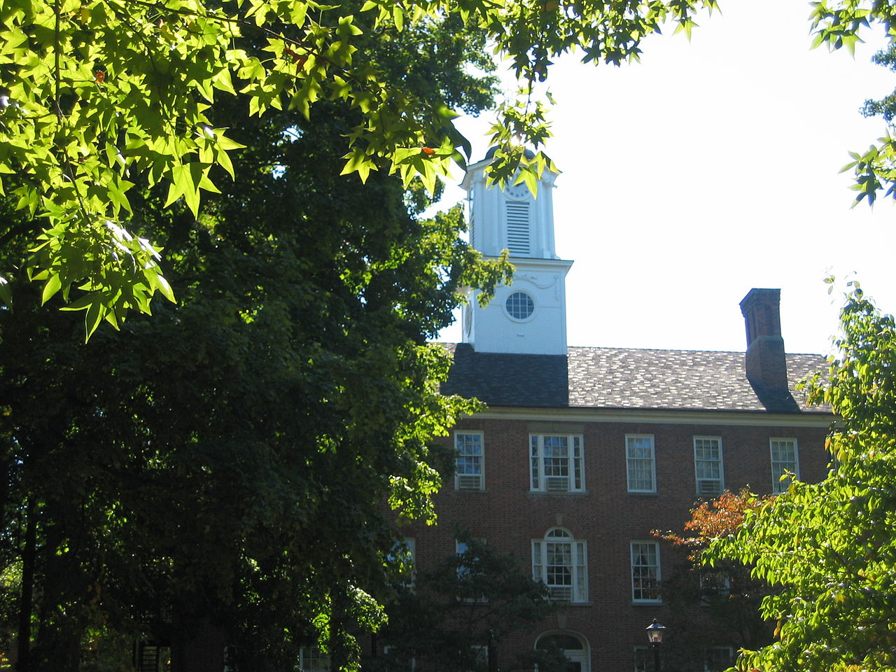 Cutler Hall at Ohio University - Ottawa80 via Wikimedia Commons