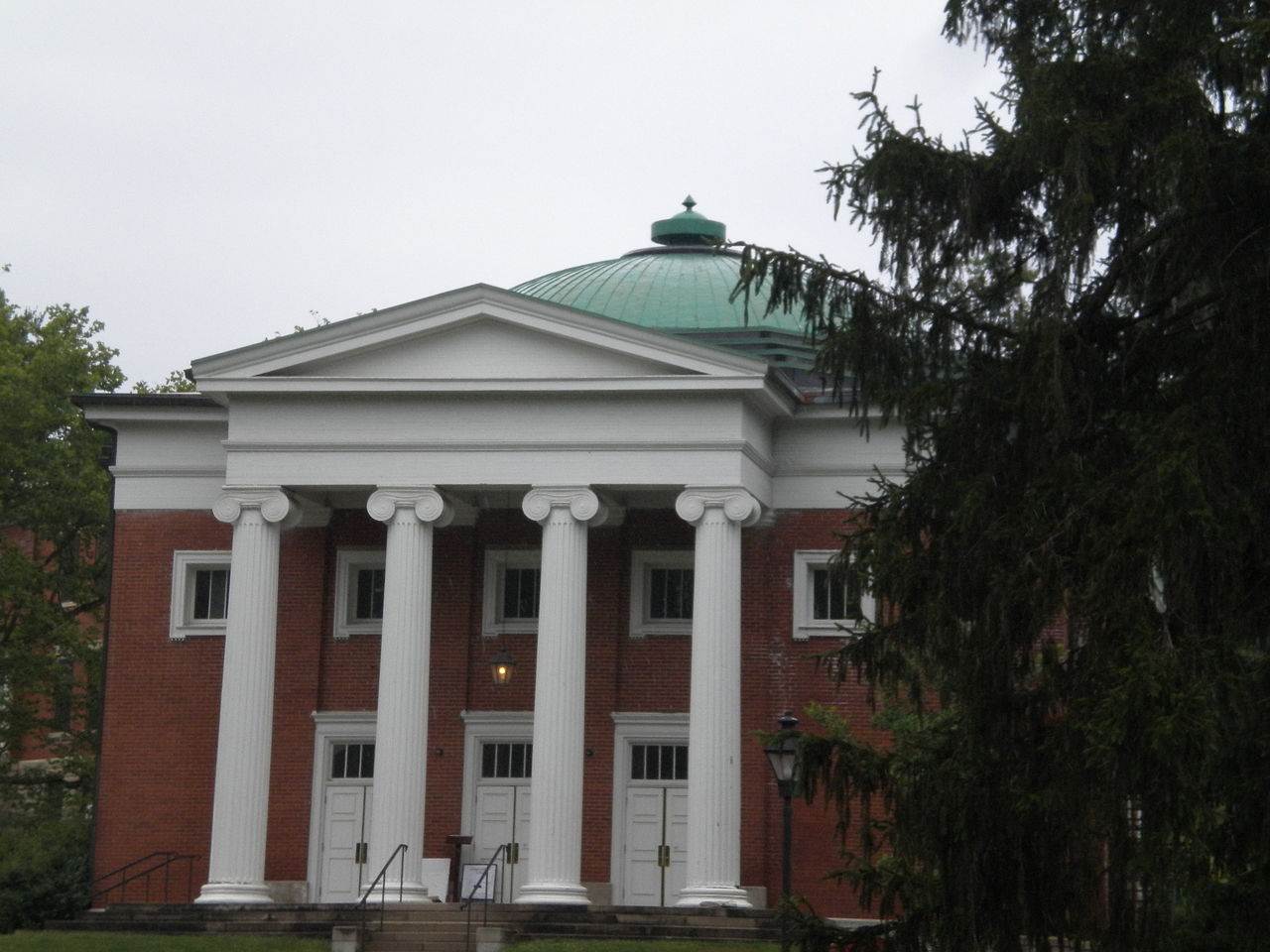 Ridges Auditorium at Ohio University - Courtesy OhioOat via Wikimedia Commons