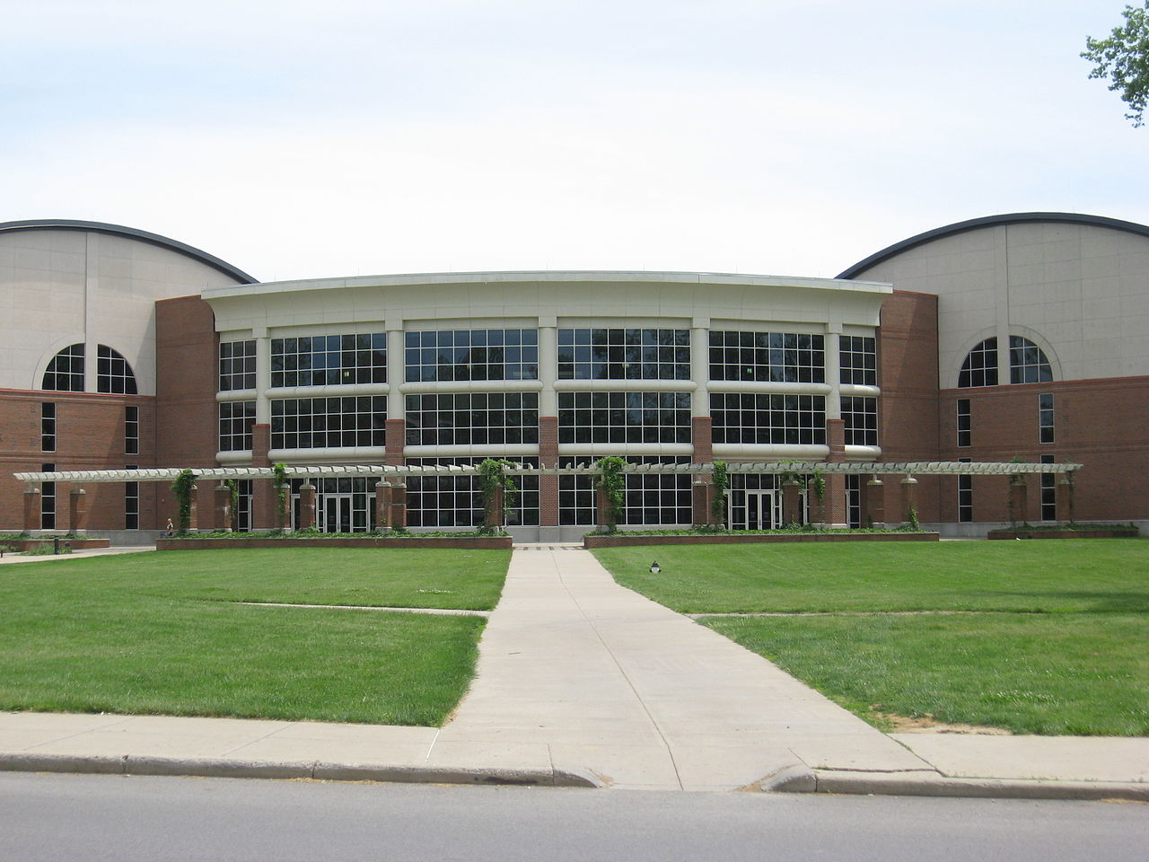 Ping Center at Ohio University - Courtesy Ed! via Wikimedia Commons